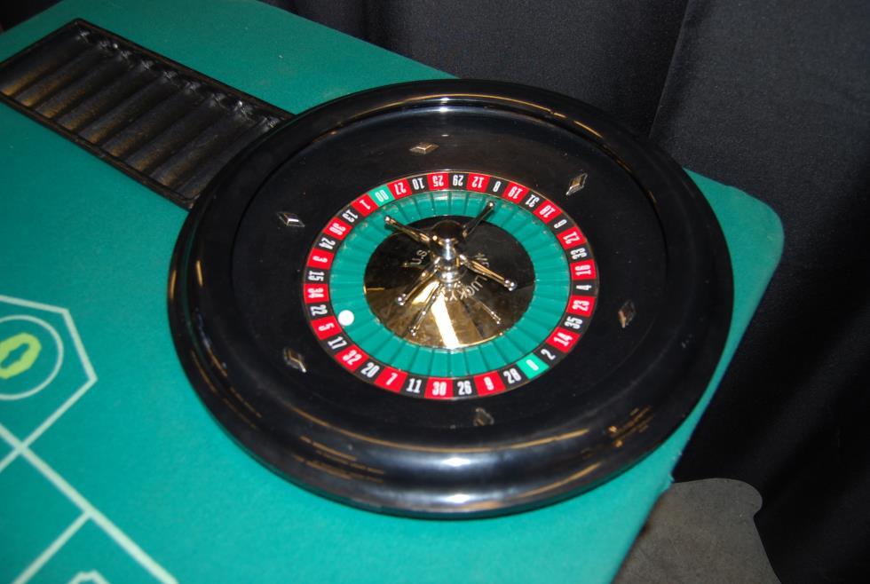 Food roulette wheel